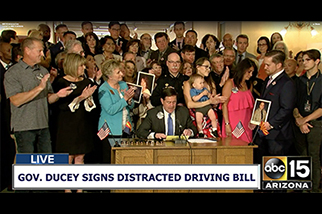 featGov. Ducey Signs Distracted Driving Bill