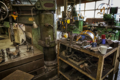 Machine_Shop-930858274_EDITED